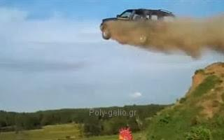 Φοβερά video με ιπτάμενα Αυτοκίνητα