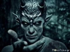 Ποιος Έλληνας ηθοποιός κρύβεται πίσω από τον «Διάβολο»;