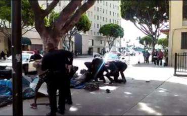 ΣΟΚ – Αστυνομικοί σκοτώνουν άστεγο στο LA