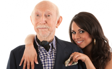 Ανέκδοτο: Παππούς 80 ετών σε Οίκο Αν*χής...