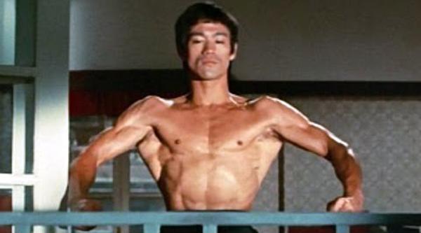 Σπάνιο Video: Επίδειξη ταχύτητας και τεχνικής από τον Bruce Lee