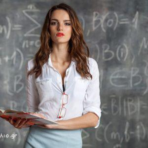 Σόκιν Ανέκδοτο: Μια μέρα ο Τοτός αφού τελειώνει το μάθημα λέει στη Δασκάλα
